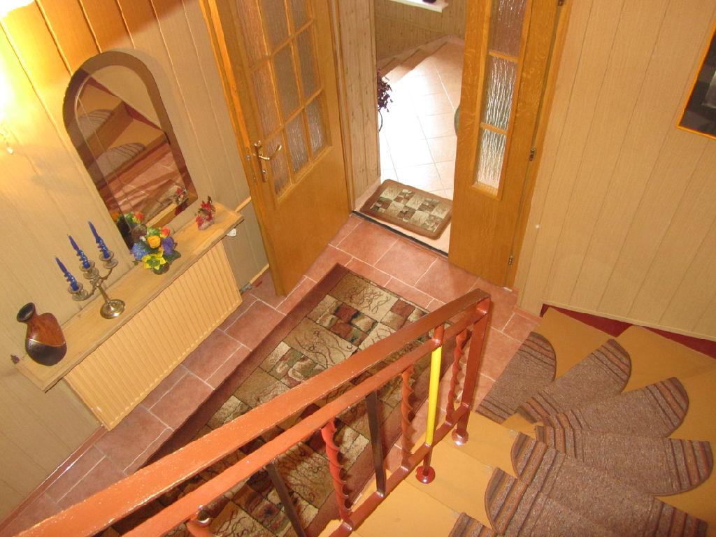 dom sprzedaz bierun schody