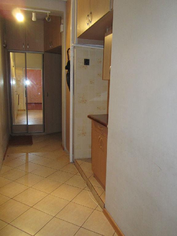 mieszkanie-sprzedaz-tychy-al-bielska-przedpokoj1